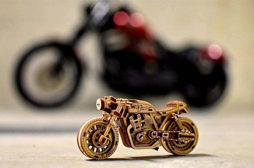 Replika motocykla jako prezent